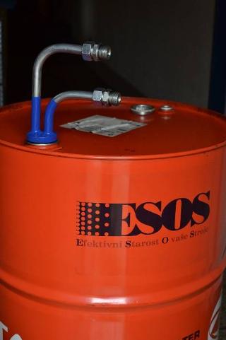 Pomocné přípravky pro přečerpávání a filtraci oleje